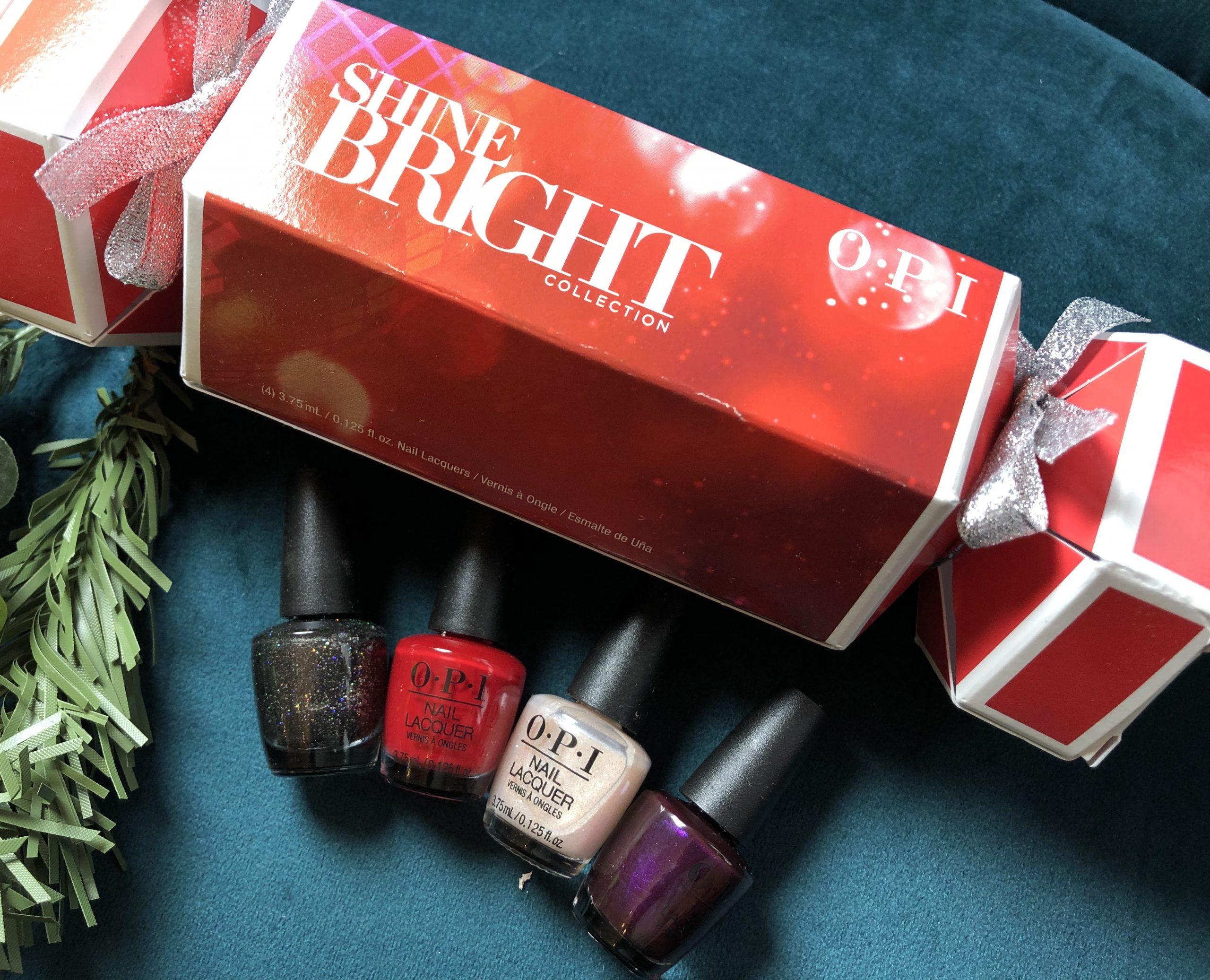 OPI Shine bright 4 piece mini Lacquer Christmas cracker